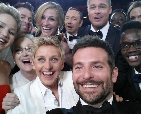 Ellen DeGeneres celebrity group shot at the Oscars