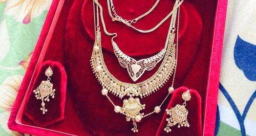 Jewellery stolen in Rickmansworth