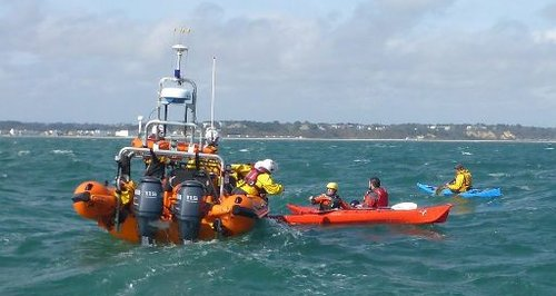 Poole kayakers rescue
