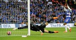 Reading FC Keeper Adam Federici spills goal.