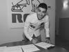 Zayn Malik signs record deal Twitter