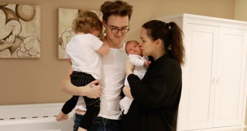 Tom and Giovanna Fletcher baby Buddy Buzz time